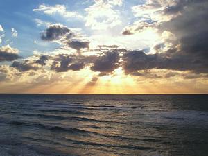 מערב או מזרח – מבט אל פני היהדות